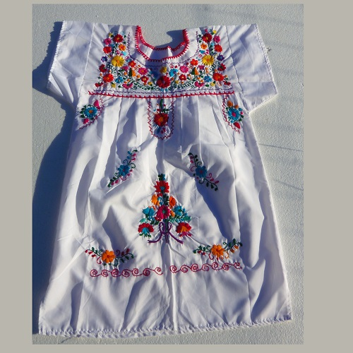 Robe Mexicaine - Taille 14 ou 16 ans - Blanche II